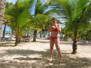 Cocoloco am Strand im Urlaub an der Punta Cana