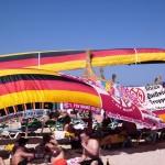 Deutsche Urlauber am Ballermann-Strand