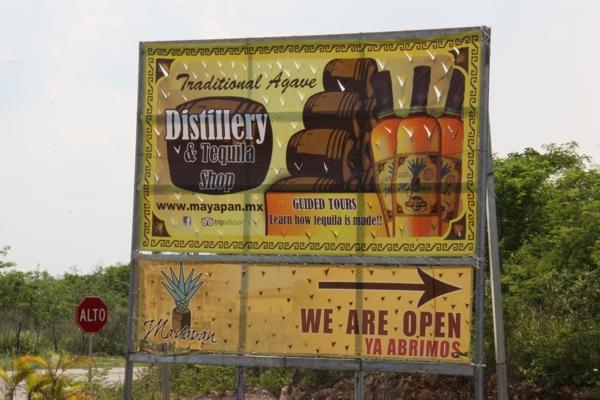 Werbung einer Agaven-Distillery