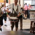Einzug der Oktoberfestband Enzis Blasband