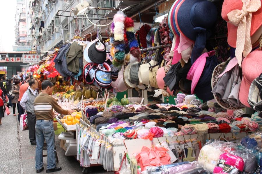 Verschiedene Waren auf den Märkten