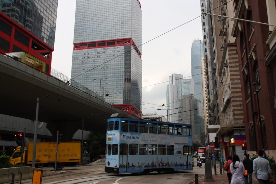 Historische Straßenbahn auf Hongf Kong Island