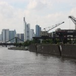 Blick auf Frankfurter Skyline vom Osthafen