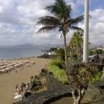 Entlang der Strandpromenade in Puerto del Carmen