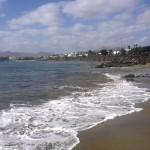 Wellen am Stran in Puerto del Carmen