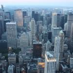 Wolkekratzer in Manhattan vom Empire State Building gesehen