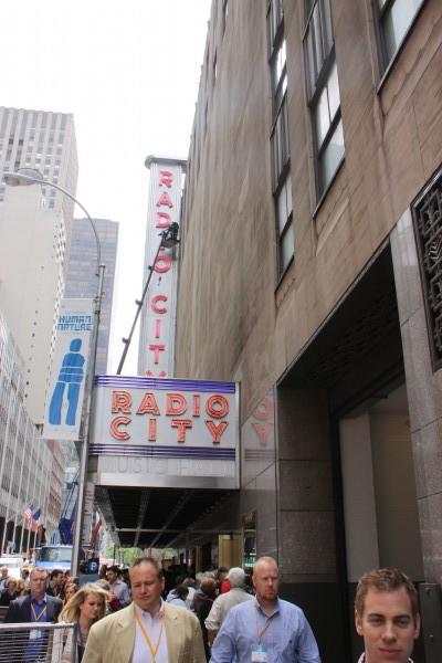 Seiteneingang zur Radio City Music Hall in New York