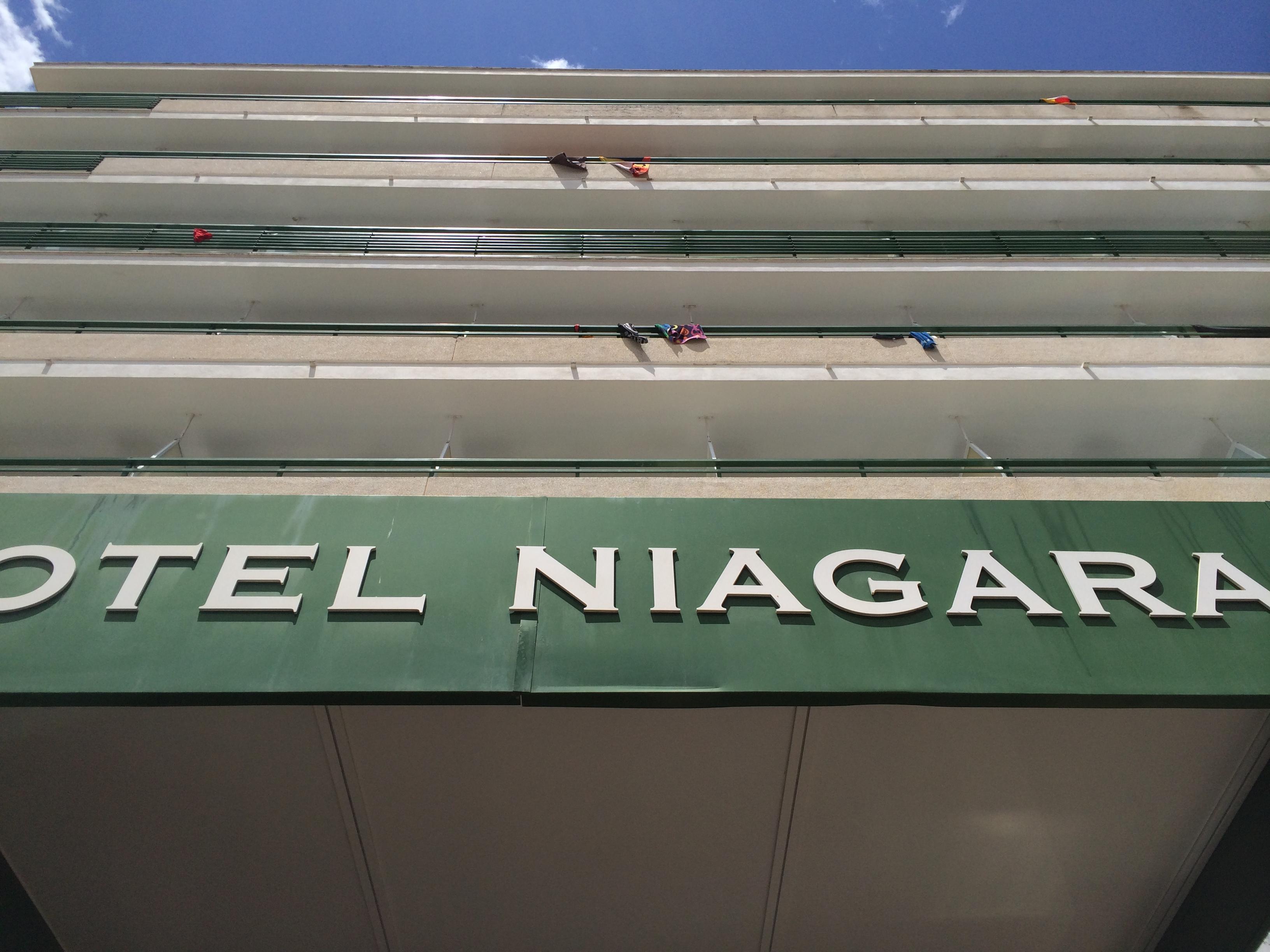 Blick auf das Hotel Niagara von der Schinkenstrasse
