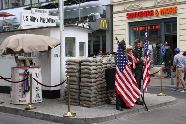 Grenzposten Checkpoint Charlie