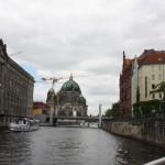 Blick auf den Berliner Dom von der Spree