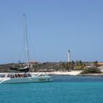 Katamaran-Fahrt entlang der Küste Arubas
