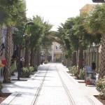 Straßenbahnschienen durch Oranjestad