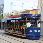 Offene Straßenbahn in Oranjestad auf Aruba