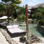 Gepflegte Parkanlage im Kontiki Beach Resort Curacao