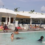 Pool am Mambo Beach auf Curacao