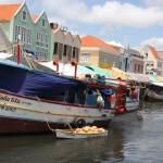 Boote Schwimmender Markt Willemstad - Curacao
