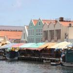 Boote des Schwimmenden Marktes