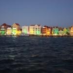 Handelskade auf Curacao bei Dämmerung