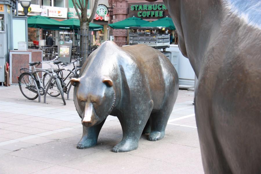 Bär vor der Frankfurter Wertpapierbörse