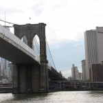 Brooklyn Bridge und East River