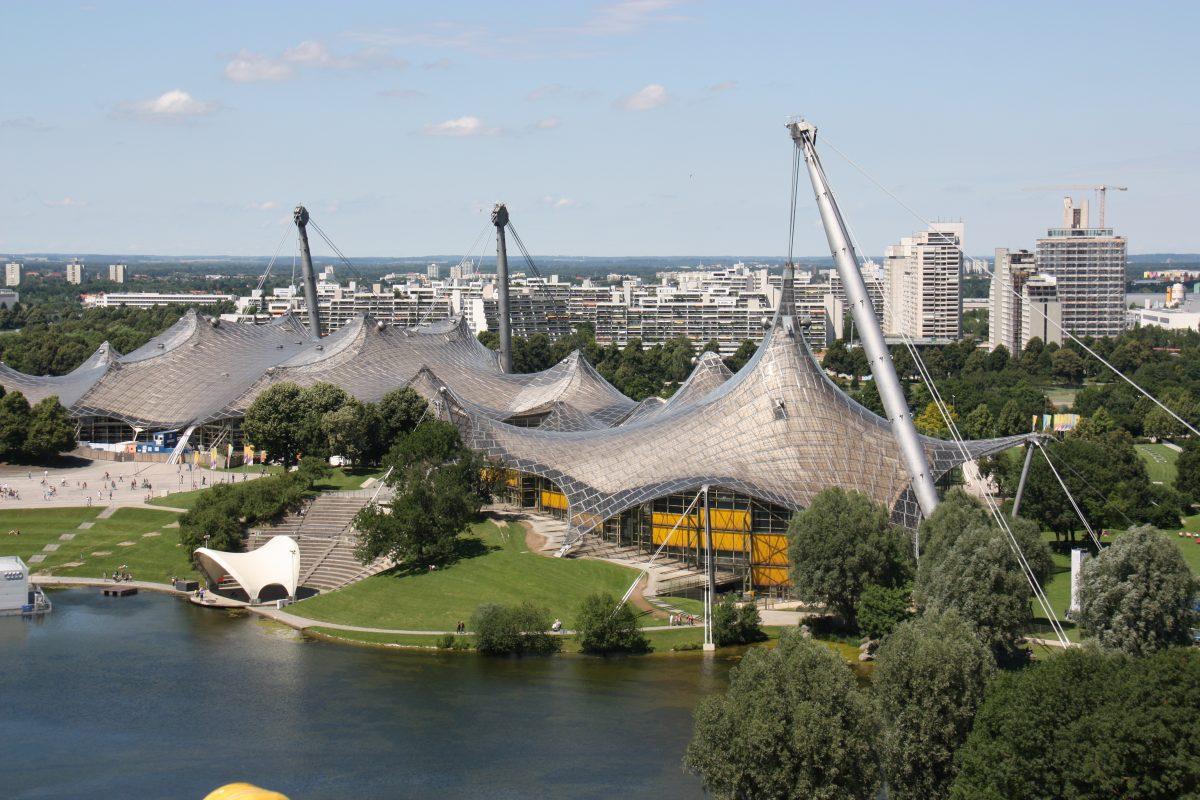 Olympiastadion und Olympiasee München