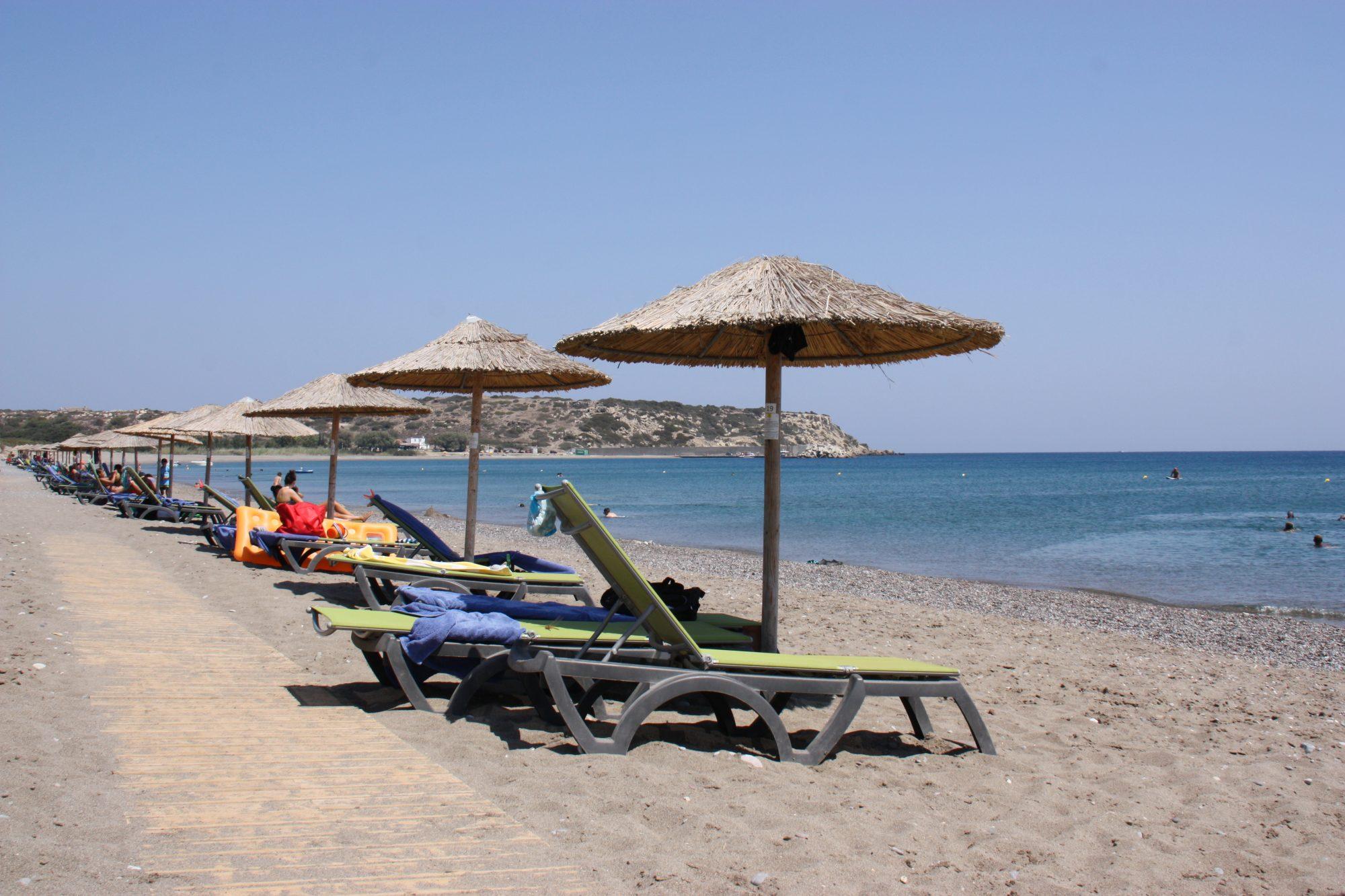 Liegen am Strand im TUI MAGIC LIFE Plimmiri